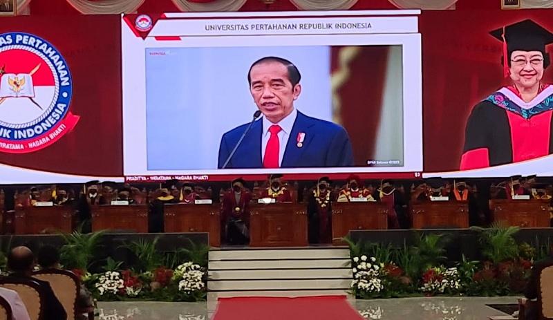 Jokowi: UNHAN Sangat Tepat Kukuhkan Megawati Jadi Profesor