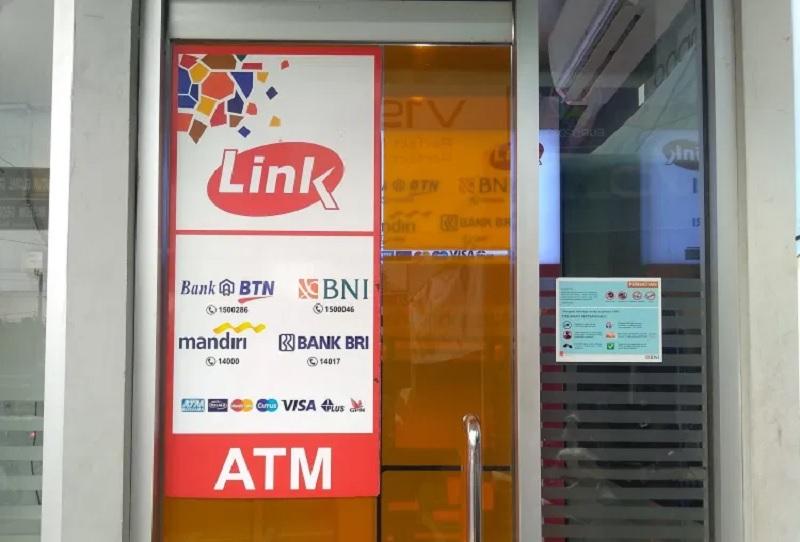 Mufti: Pungutan ATM Link Bebani Rakyat, Bank Tak Kreatif !