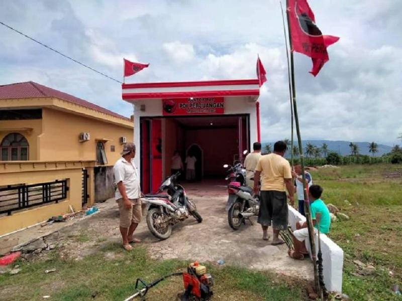 PDI Perjuangan Kecamatan Mardinding Resmikan Kantor Baru