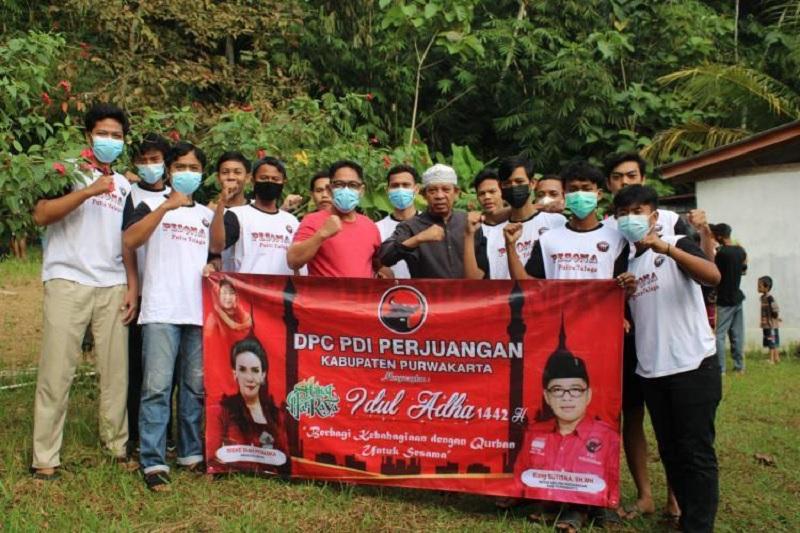 Iduladha, Banteng Purwakarta Bersyukur Berbagi Saat Pandemi