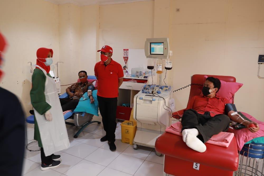 Rudy Beri Motivasi Kader Yang Ikut Donor Plasma Konvalesen