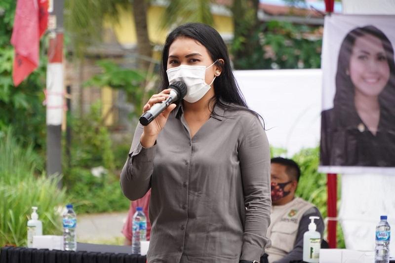 Meryl Ikut Gotong Royong Kemanusiaan Bagi Pasien Isoman