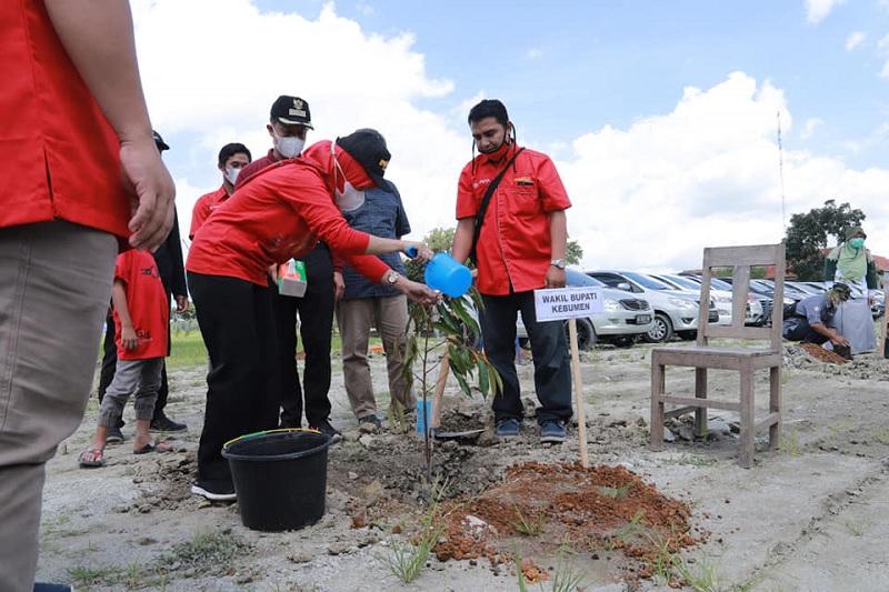 Nandur Wit Nggo Anak Putu, Ristawati Fokus Lingkungan