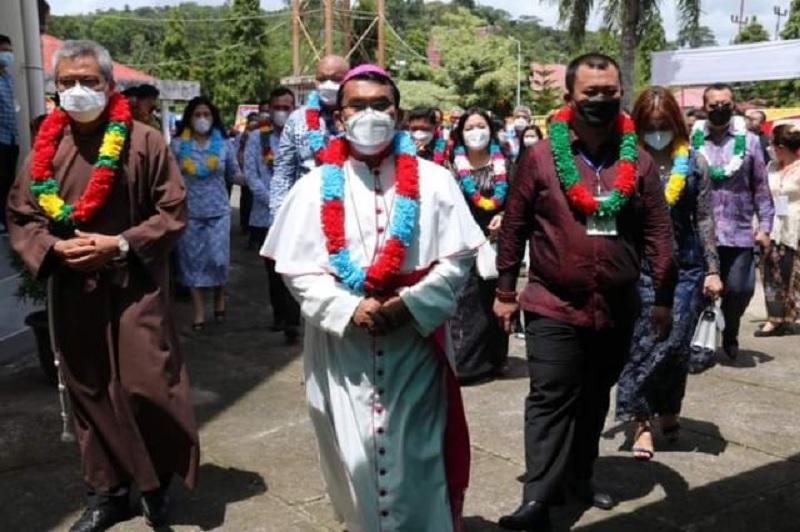 Wawali Gunungsitoli Hadiri Ramah Tamah Keuskupan Sibolga