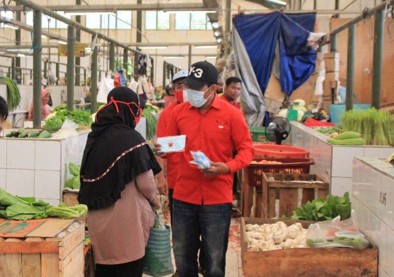 Banteng Babar & Rudi Center Tak Henti Bantu Rakyat
