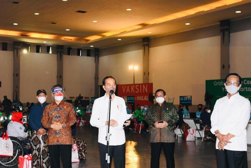 Presiden Jokowi Minta Gubernur DIY Percepat Vaksinasi