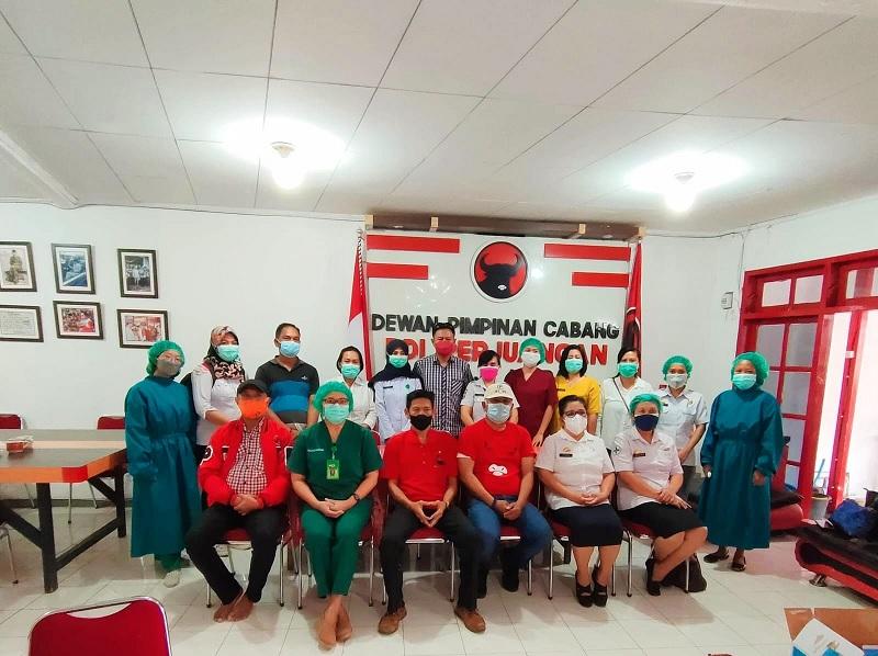 PDI Perjuangan Toraja Utara Gelar Vaksinasi di 12 Kecamatan