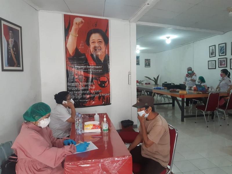 Camat Bangkelekila' Apresiasi Vaksinasi Banteng Toraja Utara