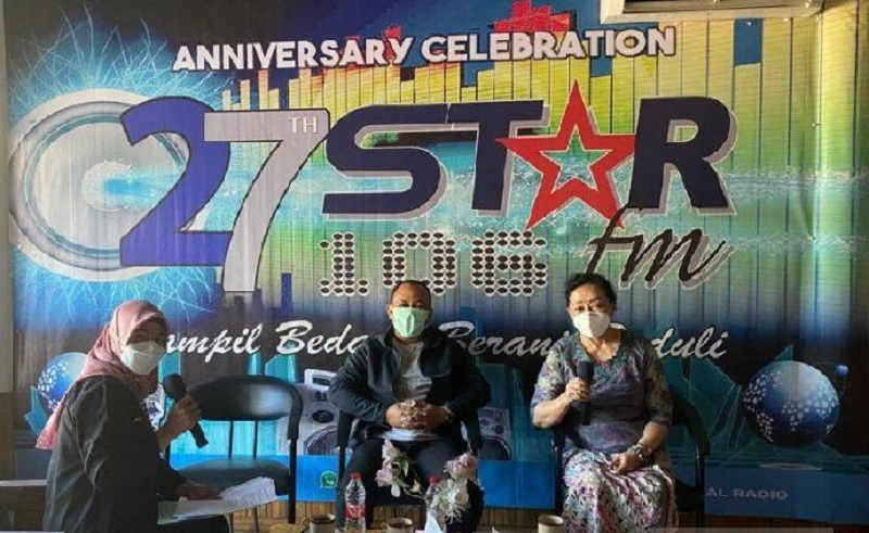 Lewat Radio, dr. Messy Gaungkan Prokes & Jaga Imun
