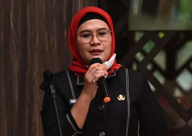 Peduli Tinggalan Budaya, Bupati Nina Raih Arkeologi Award