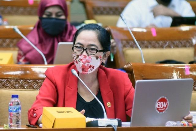 MY Esti Dukung Kebijakan Mendikbud Basmi Intoleransi