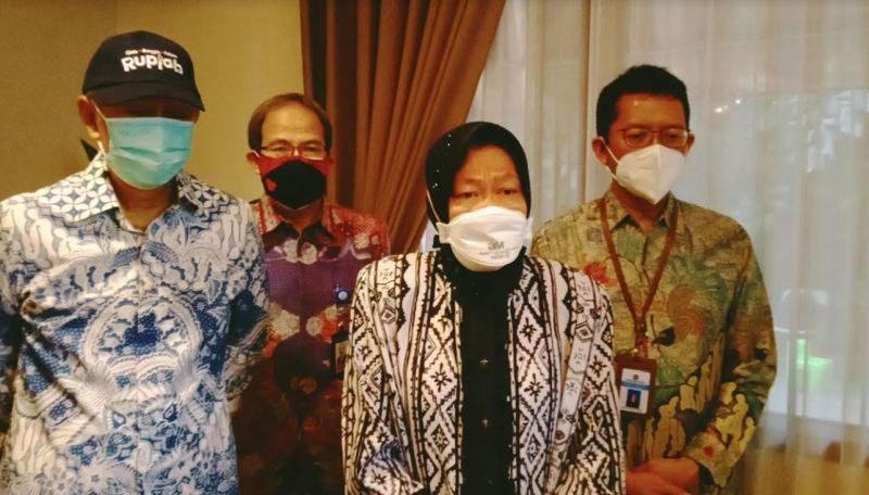 Risma Kunjungi Ahli Waris Keluarga Presiden Pertama Soekarno