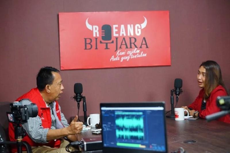PDI Perjuangan Subang Launching Podcast Resmi Roeang Bitjara