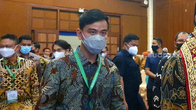Gibran Mulai Antisipasi Hadapi Gelombang Ketiga Pandemi