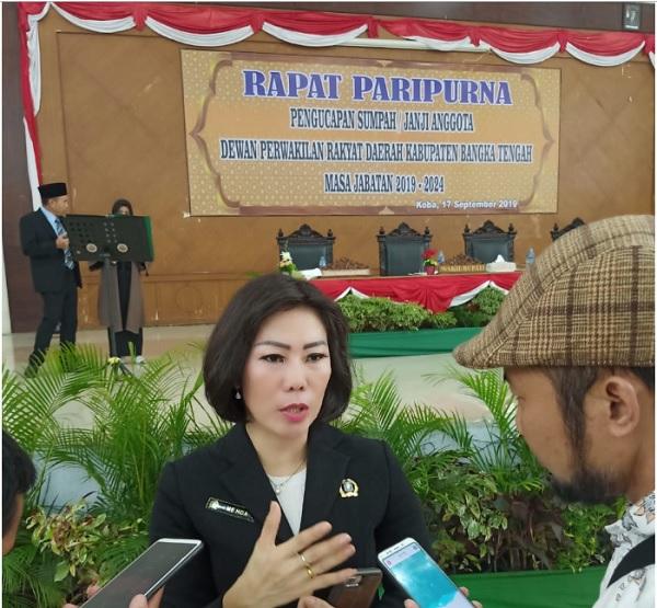 Me Hoa Srikandi Banteng Dari Bangka Tengah
